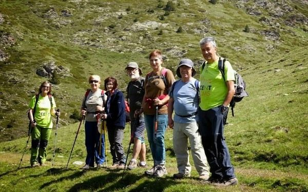 Walking singles holidays over 60s
