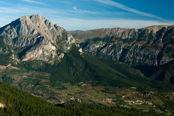 Pedraforca from Ensija range | cadi moixero natural park