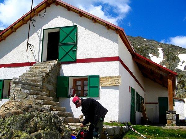 Alt Pirineu Natural Park | Walking in the Pyrenees | Trekking Holidays in the Pyrenees
