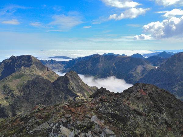Views from Tristaina peak | weekend hiking in andorra